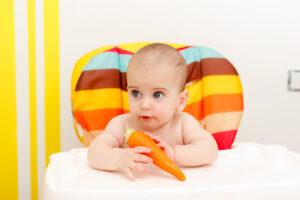 A importância da cadeirinha na introdução alimentar